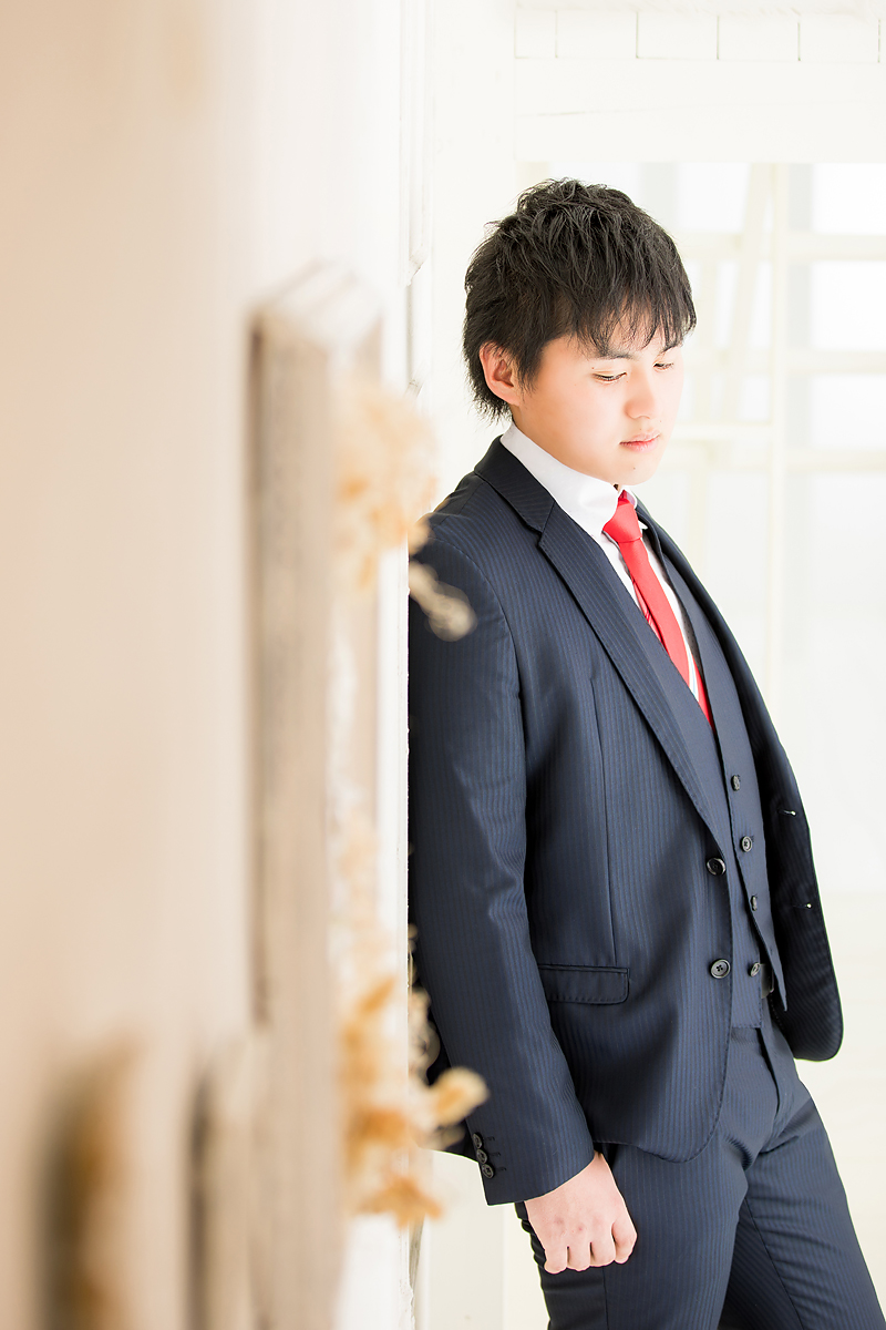 成人,成人男性,スーツ,20歳